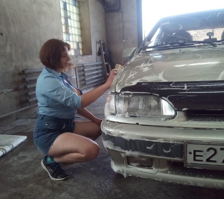 А вы бы хотели, чтобы вам так помыли машину? Фото: vk.com/public65169224