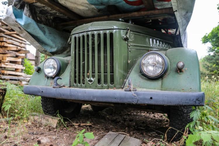 Продавать автомобиль Олег Евгеньевич не собирается. Говорит, будет ездить сам.