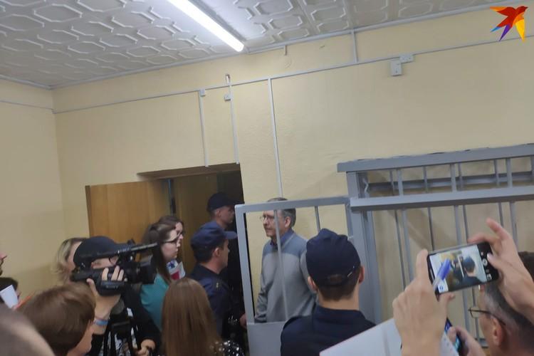 Андрея Головача, который провел в СИЗО четыре года, освободили в зале суда.