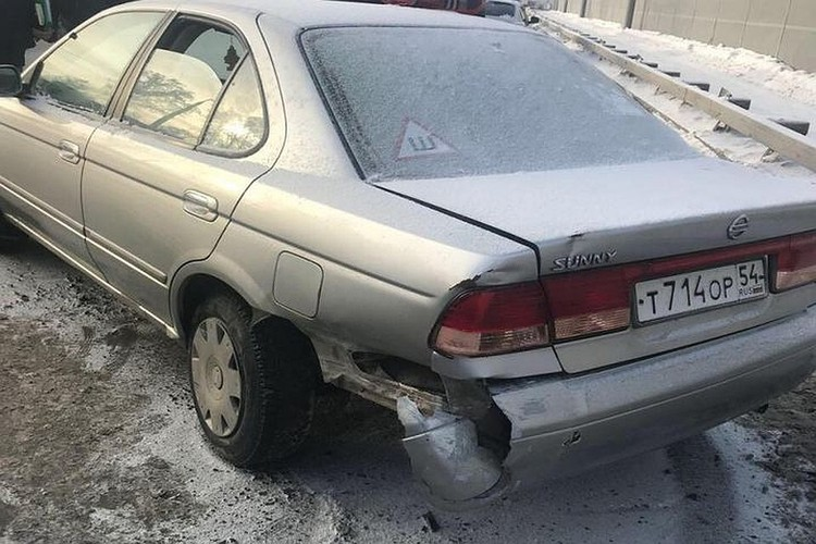 На Бугринском мосту нашли автомобиль с телом убитой женщины. Фото: ГУ МВД России по Новосибирской области.