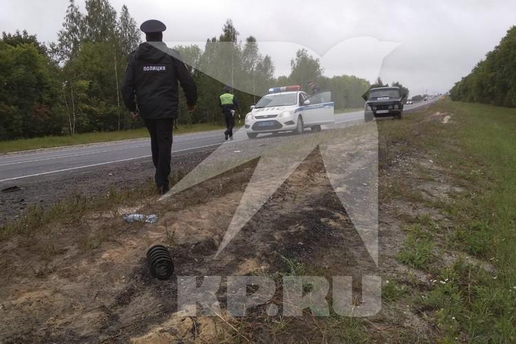 На участке дороги, где случилось ДТП, организовали реверсивное движение. Фото: предоставлено очевидцем.