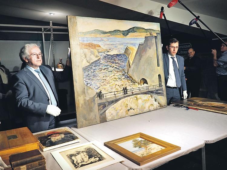 113 картин великих художников и горы антиквариата экс-министр финансов Подмосковья Алексей Кузнецов собирался двинуть на Запад, да не успел.