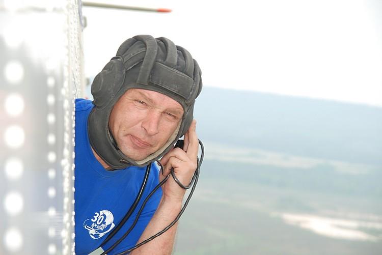 Летчики МЧС - мастера высочайшего класса Фото: Виктор ЧАВАЙН
