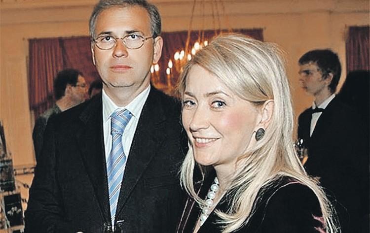 Жанна Буллок с экс-мужем Алексеем Кузнецовым делить тяготы не собирается... Фото: youtube.com