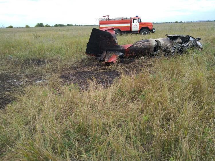 В груде металла пилот выжить не мог. Фото: МЧС РФ