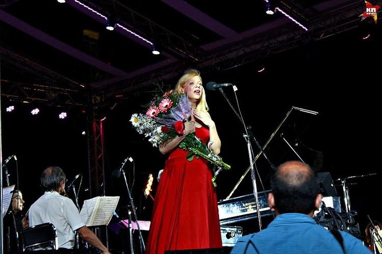 Валентина Лисица во время своего первого приезда в Донецк