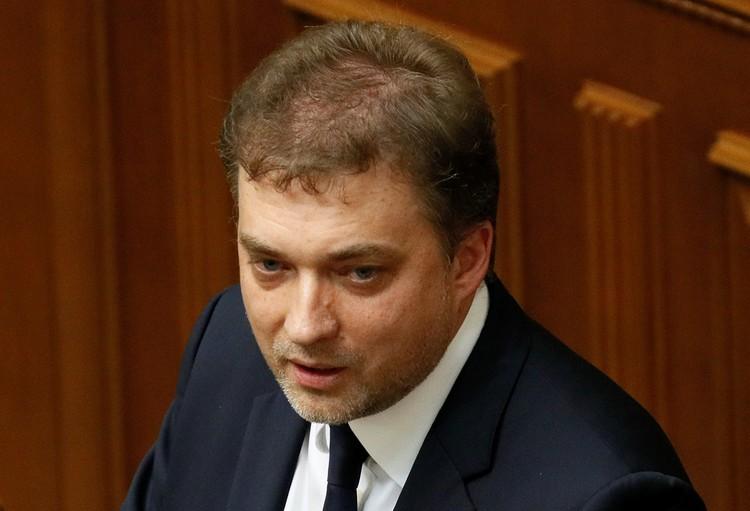 Новый министр обороны Андрей Загороднюк закончил Оксфордский университет.
