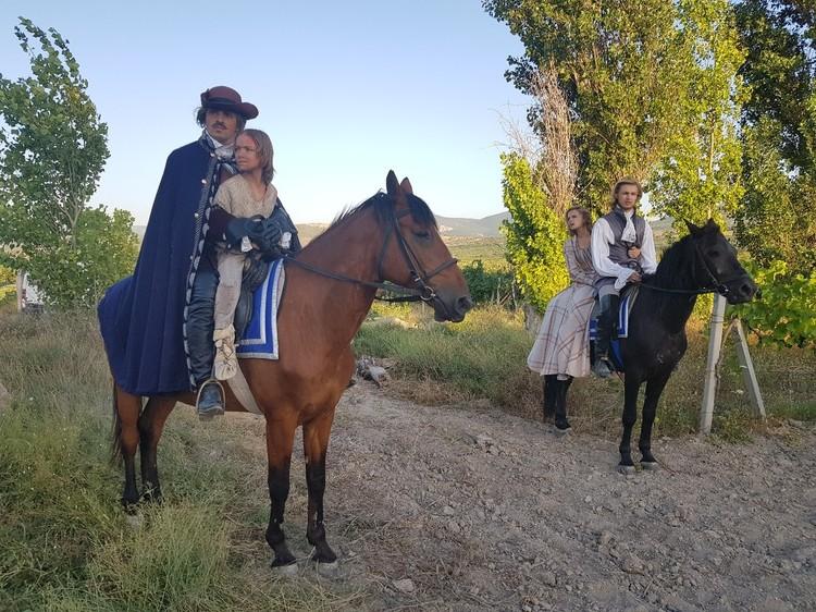 Митя первый раз сел на лошадь. Фото:Инна Малышева/VK