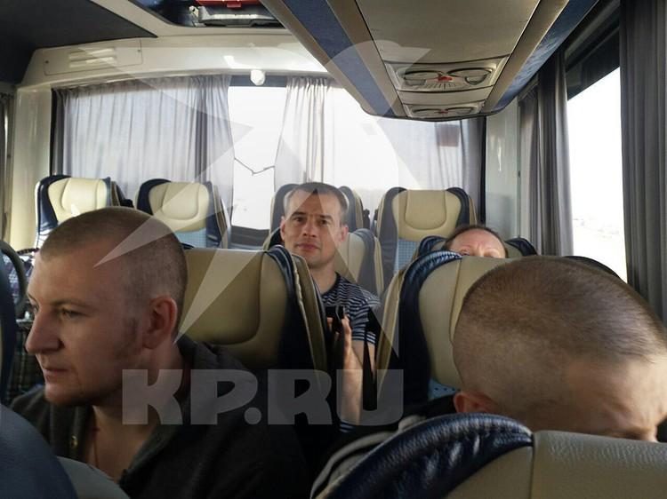 Автобусы с людьми одновременно выехали из московского СИЗО «Лефортово» и санатория под Киевом