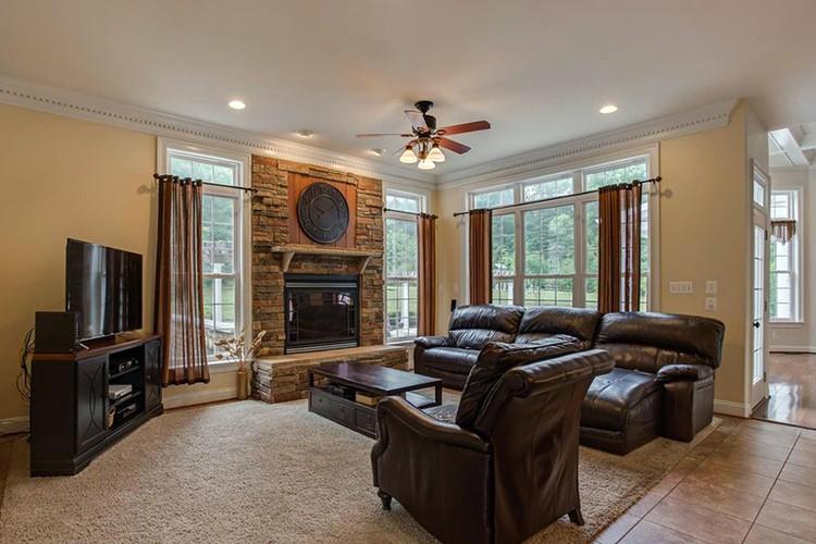 Дом был куплен почти за миллион долларов
