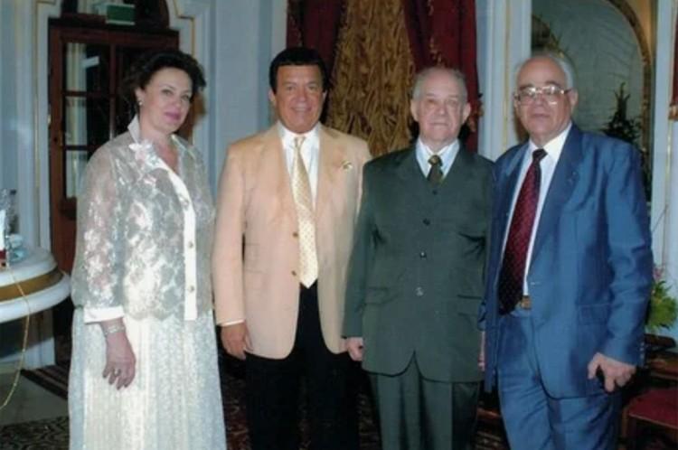 Иосиф Кобзон с сестрой и братьями