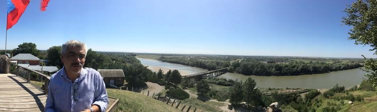 Александровская крепость на берегу реки Кубань