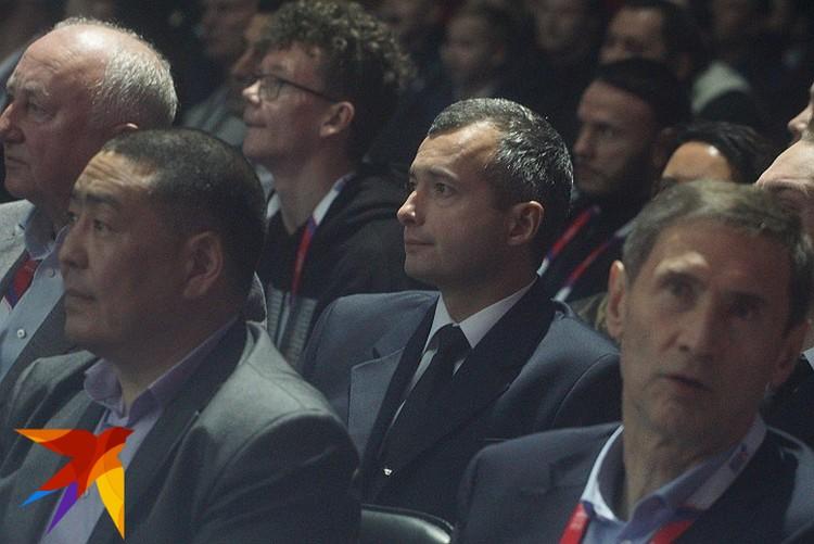 Пилот А-321 Дамир Юсупов и его товарищи были почетными гостями на финальном поединке XX Чемпионата мира по боксу среди мужчин в Екатеринбурге.