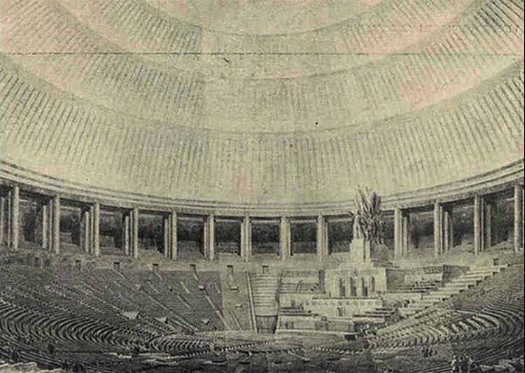 Большой зал Дворца Советов мог бы вместить 22 000 человек.