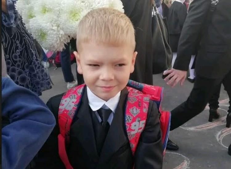 «Он сказал, что убьет меня и отрежет голову», - с такими словами Максим весной 2019 года пришел домой из школы.