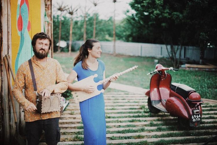 Авторы проекта Евгения Казарновская и Андрей Попов Фото: www.facebook.com/Reka.Mira.Club