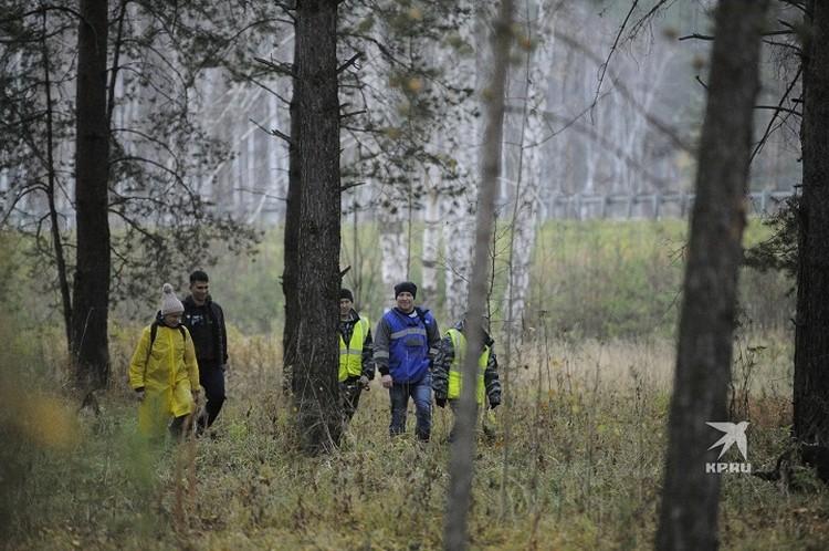 В поисках участвуют десятки человек со всей Свердловской области