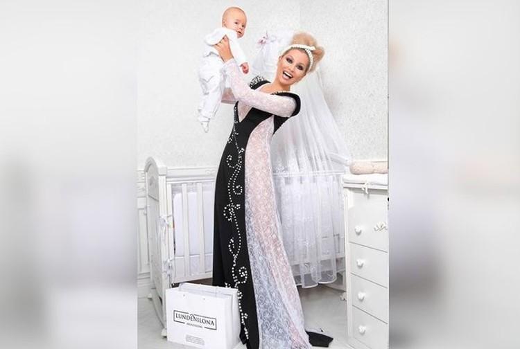 Лена Ленина уверяет, что предпочла бы, чтобы ее внука родила суррогатная мать. Фото: lenaleninaofficial
