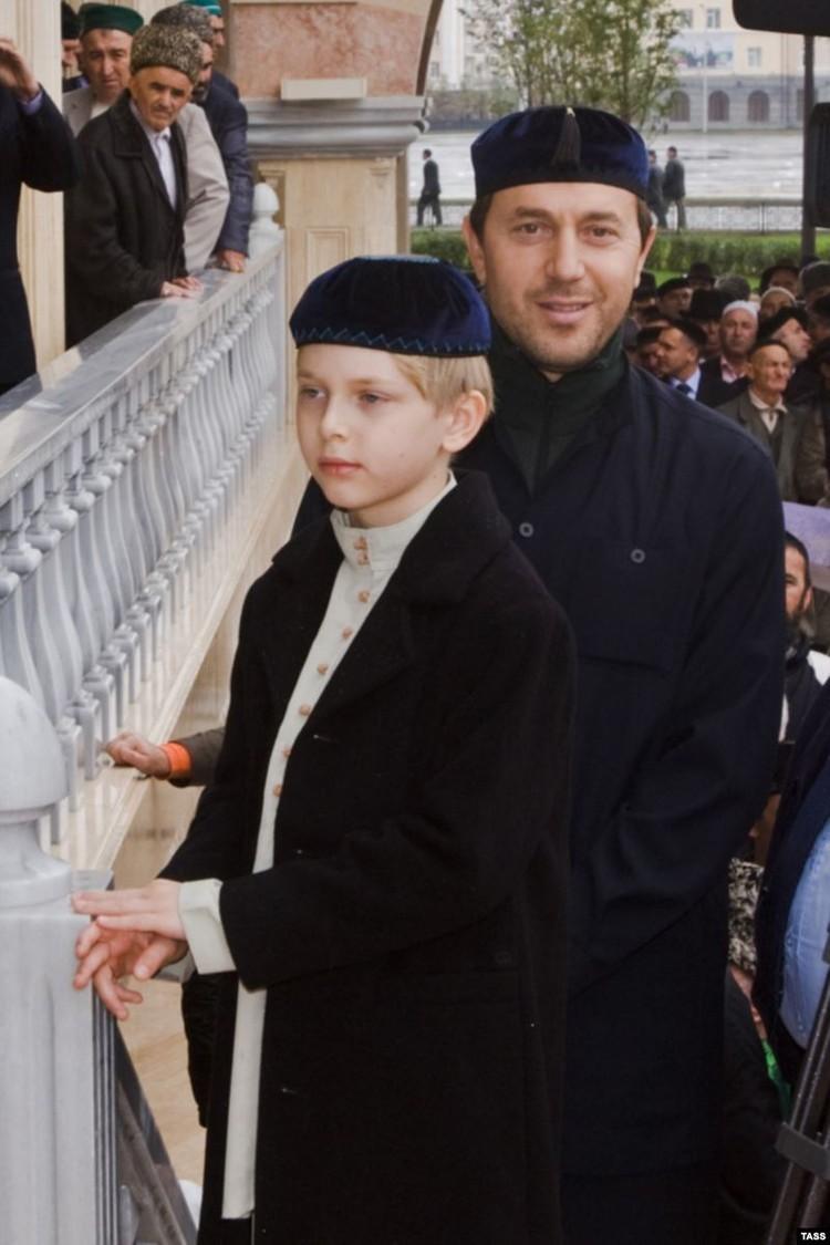 Одна из немногих фотографий Дени с папой