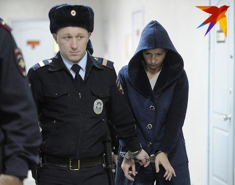 Во время суда Екатерина Меньшикова была единственной, кто не закрывал лицо