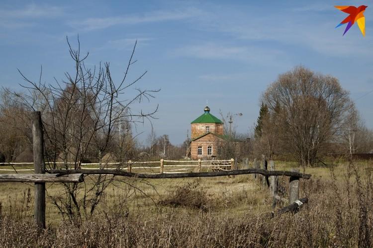 Церковь Николая Чудотворца в селе Веретье. На местном кладбище похоронили двоих жертв резни.