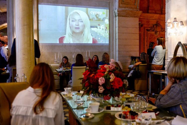 Встреча с журналистам прошла в формате изысканного завтрака. Фото: Юлия ИВАНКО