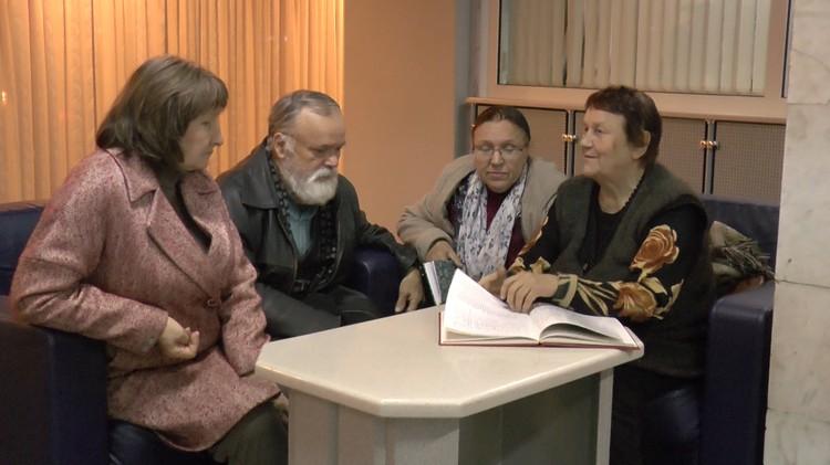 Бизнесмен покрыл долги Светланы Константиновны и всех ее знакомых и коллег, помогавших пенсионерке деньгами. Фото: кадр видео.
