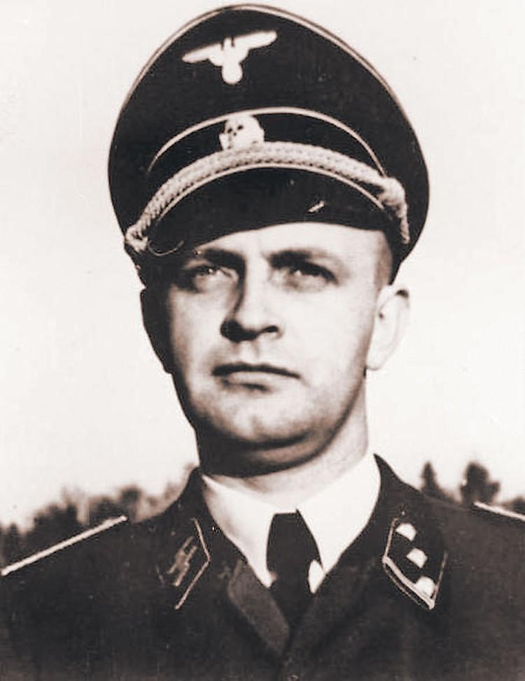 Не исключено, что пулю в Гитлера выпустил его камердинер Хайнц Линге.