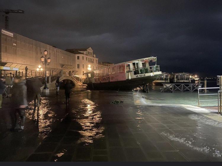 Уровень воды может сильно навредить архитектурно-историческому наследию города.
