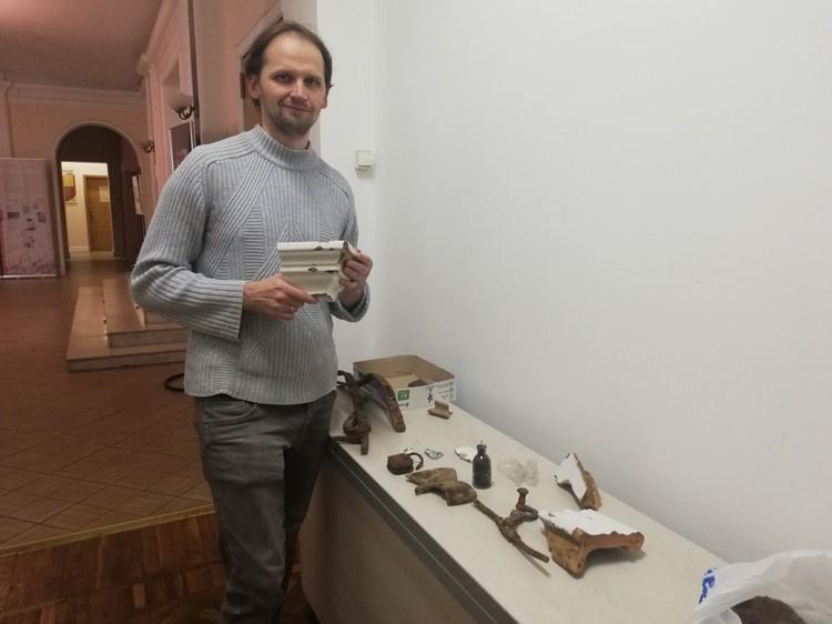 Павел Королев пополнил запасы музея несколькими мешками потенциальных экспонатов