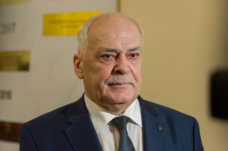 Народный артист РФ Николай Буров