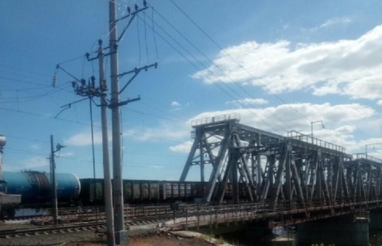 Именно на этом мосту герой встретил незнакомку ФОТО: КТВ-Луч