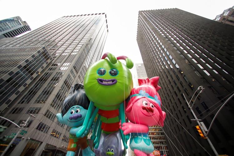 Размеры некоторых мультяшных шаров достигали в своих размерах 18 метров