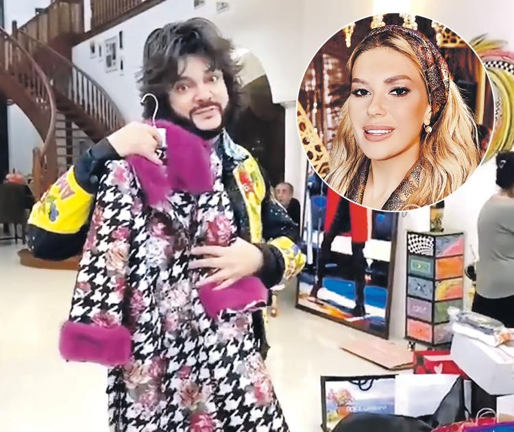 Такое пальто презентовала девочке подруга Филиппа Катя Гусева. Фото: Скриншот видео, Личный архив