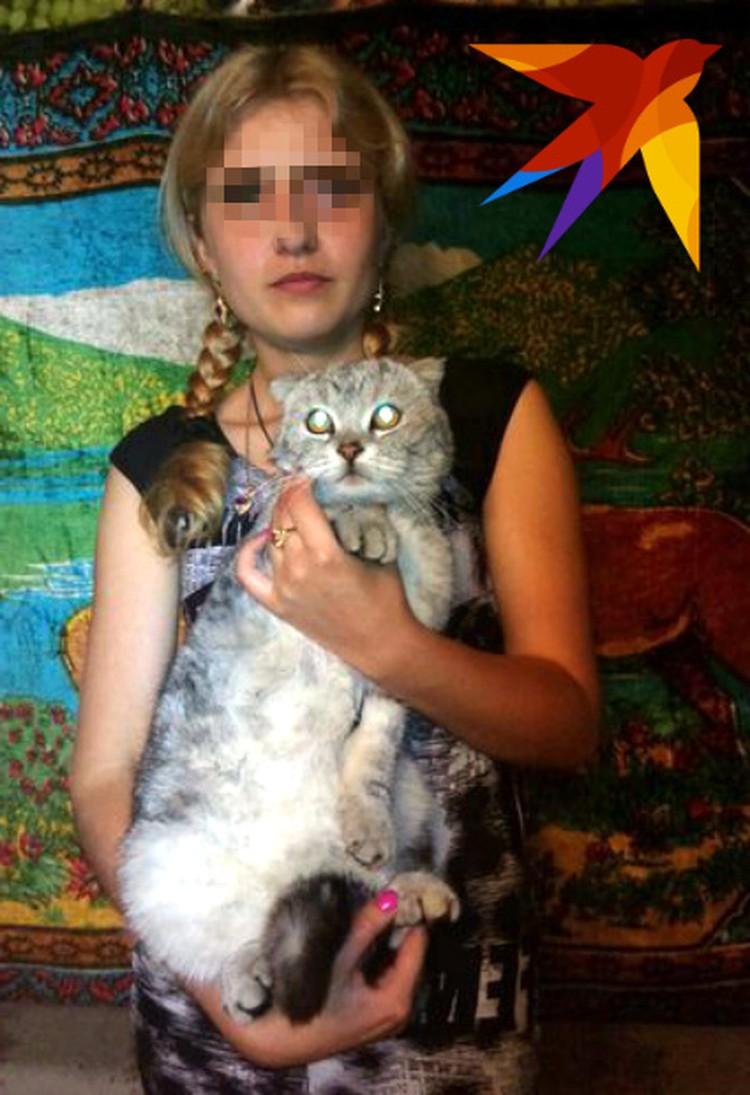 Девочка убила кошку в собственном доме.