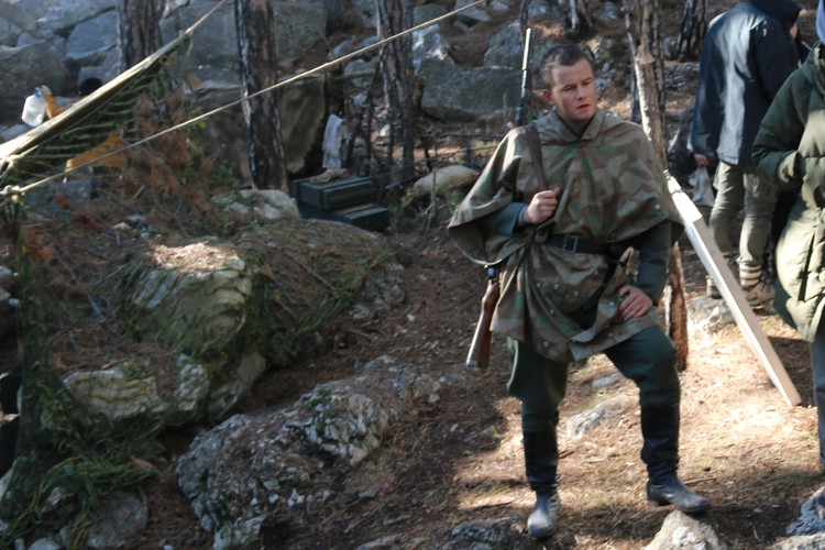 Роль Лени Филатова исполняет Алексей Бардуков.