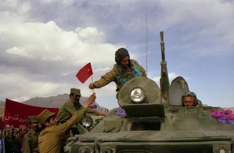 Главный упор делался на то, что это будет сделано в целях оказания интернациональной помощи афганскому народу