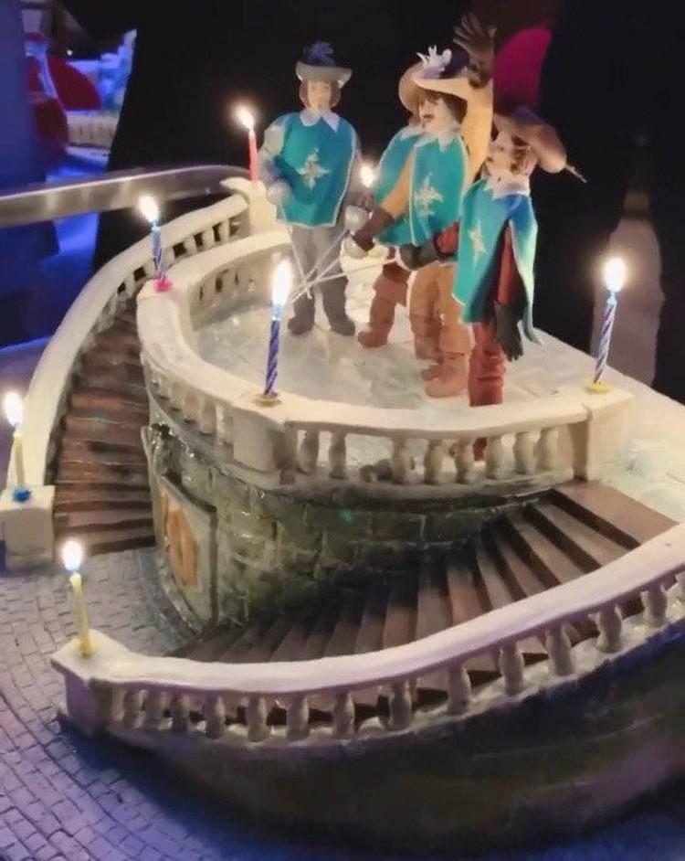 Торт истинного мушкетера. Фото: instagram.com/boyarskaya.katerina.