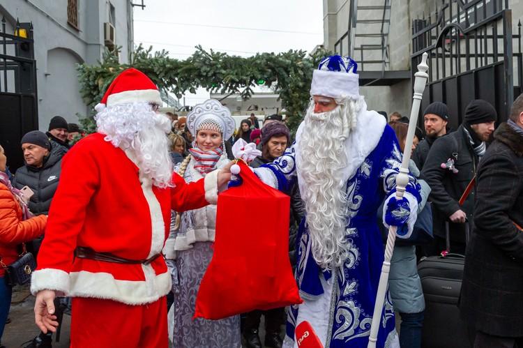 Финский волшебник передал мешок подарков для маленьких россиян