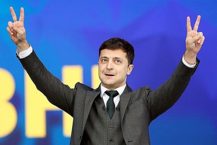 Зеленского не беспокоит вопрос государственного устройства Украины. Ему нужно снять напряжение в стране