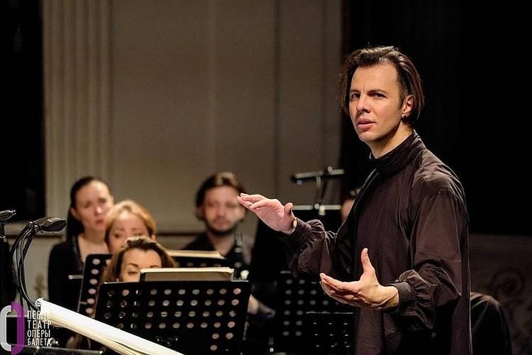 Теодор Курентзис 8 лет был художественным руководителем оперного театра