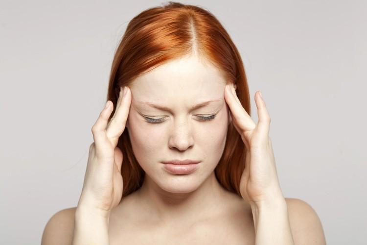 В зависимости от деформации стопы, причина головных и других болей может быть разной.