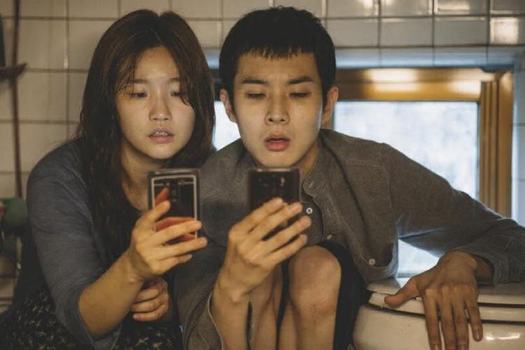 """Лучшим фильмом стал южнокорейский триллер """"Паразиты"""" режиссера Пон Чжун Хо"""
