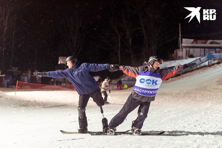 Дмитрий Волобоев тренирует Сергея Новикова