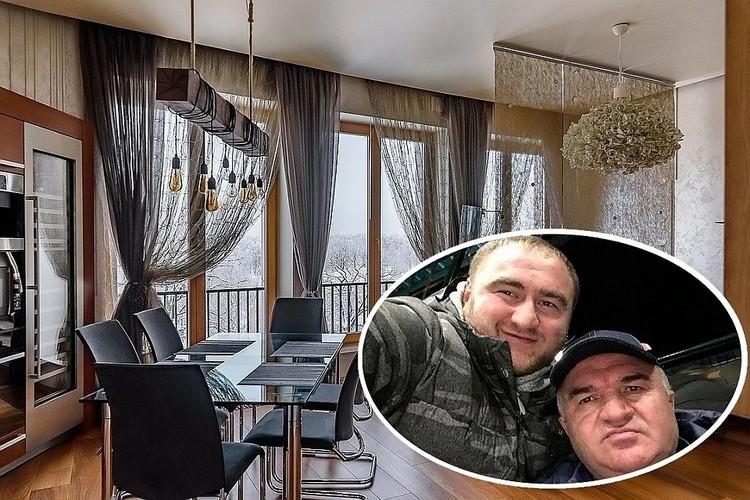 Вот так выглядит квартира сенатора в Санкт-Петербурге. По заверениям адвоката, он её арендовал