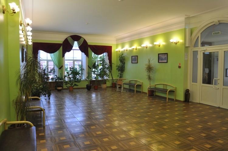 Гимназия, где учился новый министр экономического развития.