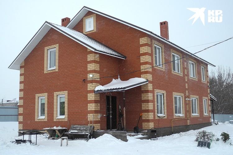 ...и дом Яромчука.