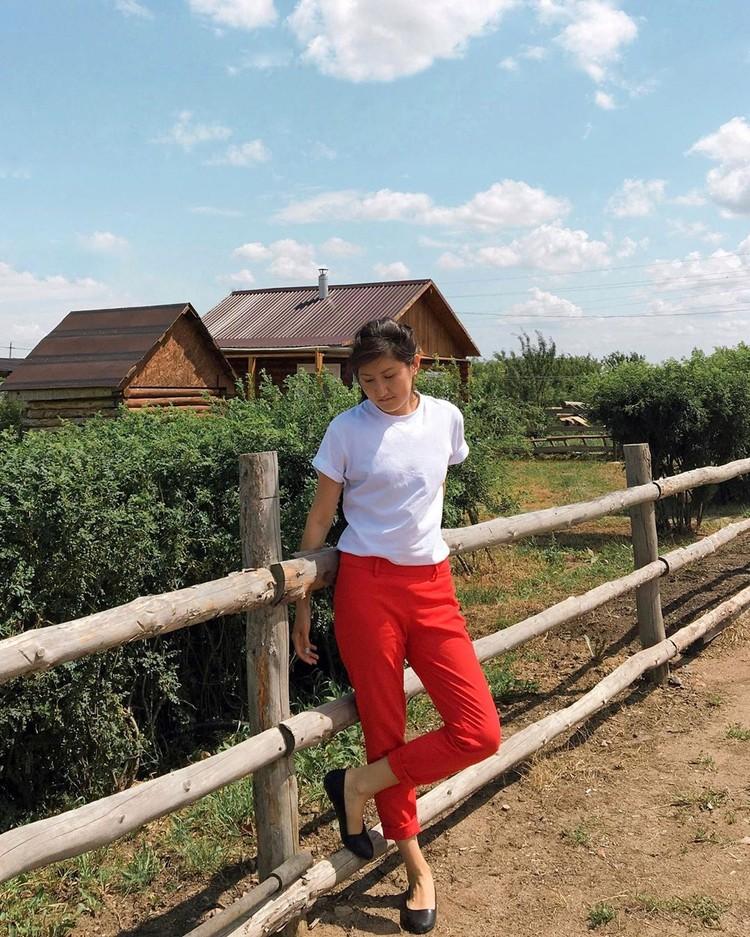 Учительница Алия Исалимова
