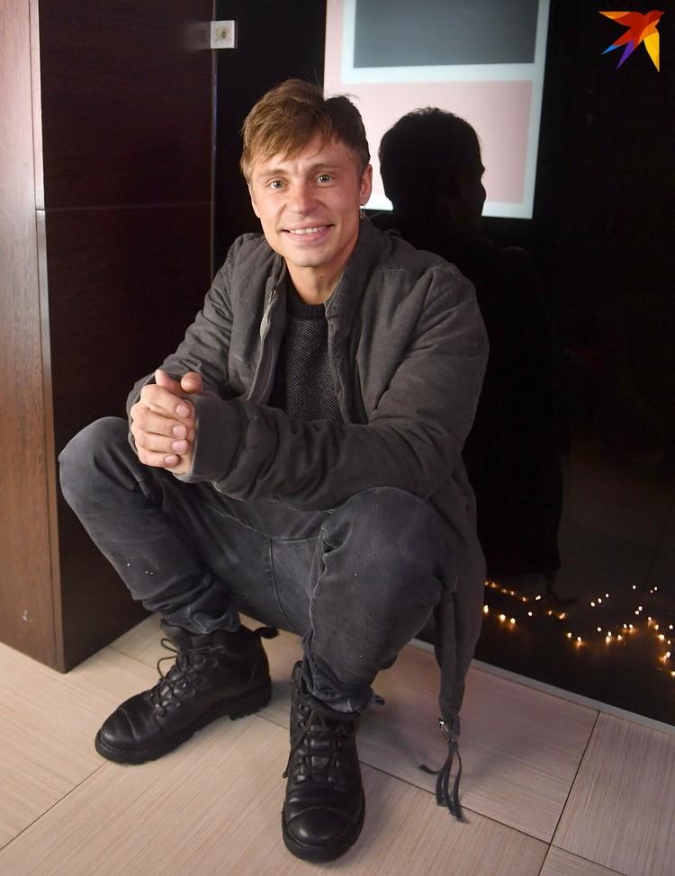 Александр так часто бывает в Минске, что его уже тут принимают за своего.