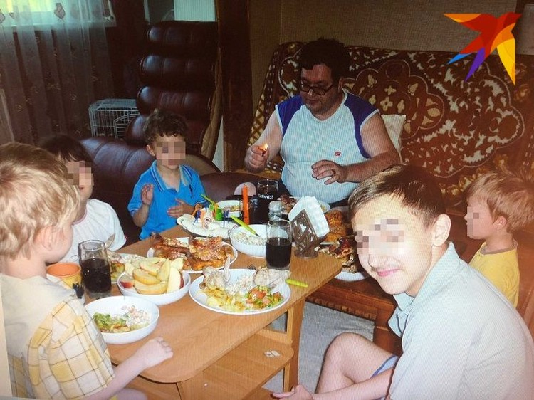С 2017 по август 2018 года в квартире Германских жили сразу пять детей. Фото: предоставлено Гилой Германской